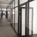 Drzwi wewnętrzne aluminiowe, na co zwrócić uwagę przy zakupie?